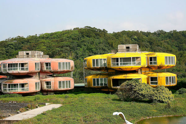Futuristic vintage pod houses called the Sanzhi UFO Houses in Taiwan.