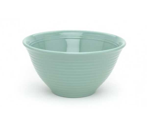 Bauer Turquoise Mixing Bowl in their traditional ring design.